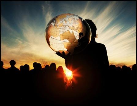 Muitas pessoas, ao invés de orar, só murmuram e reclamam. Aprenda a agradecer! Comece sempre a sua oração louvando ao criador, Só Ele é digno de todo o louvor. Só Ele tem a chave de sua embaixada. Por isso, é dito: Pai nosso que estás nos céus, santificado seja o teu nome(Mateus 6:9).