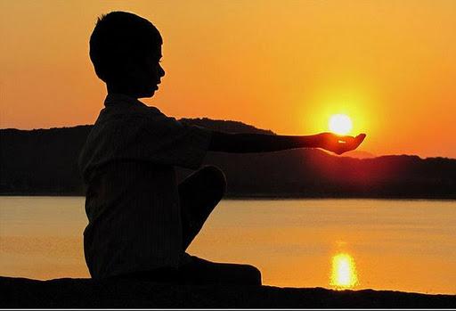 Esperei com paciência no Senhor e Ele ouviu as minhas orações e o meu clamor. Amém!