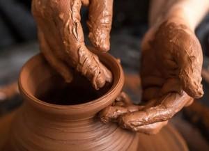 pregação vaso oleiro sermão estudo bíblico jeremias 18 barro 300x217 Jesus, o restaurado de brechas