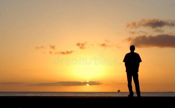 A solidão é alicerçada na falta de relacionamento com Deus.