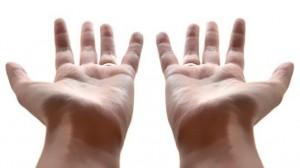 maos vazias2701b814 537x302 300x168 O que tens na mão?