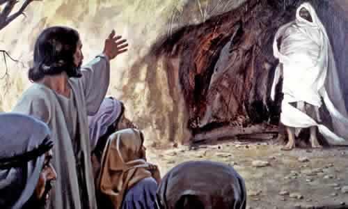 A nossa esperança não morre. Ela é eterna! Chama-se Jesus Cristo: o Filho de Deus.