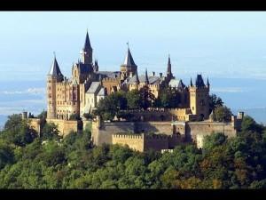 castelo forte 300x225 Os dois alicerces